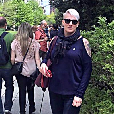 Porträttbild på Mari Lovén.