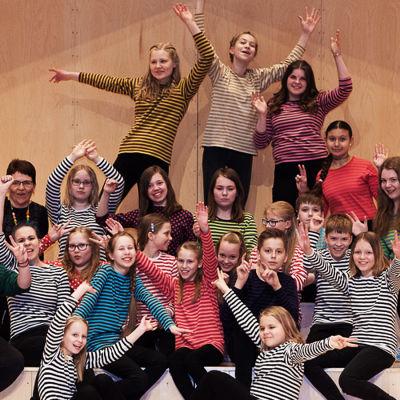 Yleisradion vuoden nuorisokuoro 2015-2016 on mikkeliläinen Cantus Michaelis.