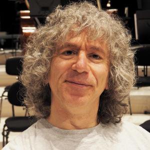 Sellotaiteilija Steven Isserlis soittaa RSOn solistina 21. ja 22.1.2015
