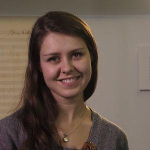 Onnellinen Sibelius-viulukilpailun 2015 finalisti saksalainen Friederike Starkloff.