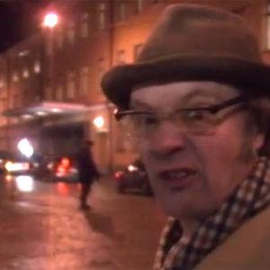 Holger Spår på Esplanaden utanför presidentens slott, 1994