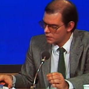 Leif Salmén presenterar valresultaten 1980.