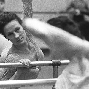 Doris Laine harjoittelee balettia 1973