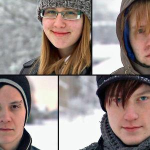 Vasemmalta ylhäältä myötäpäivään: Anastasija, Melissa, Tiina, Alex ja Markus dokumentissa Kyllä homotkin siivoaa