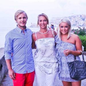 Pia Uddås ja lapsensa Robin ja Cecilia