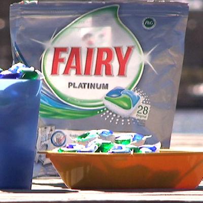 Fairy Platinum tuntui jopa maistuvan lautasella.