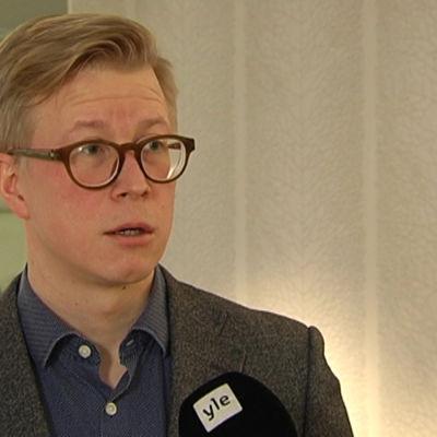 Terrorismforskaren Teemu Sinkkonen.