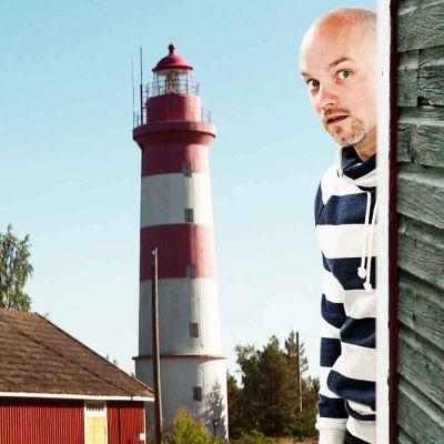 Niko Kivelä ja nurkkakunnat, yle tv1