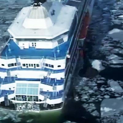Fartyget Sally bärgas.