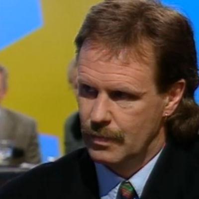 Göran Djupsund kommenterar valen.