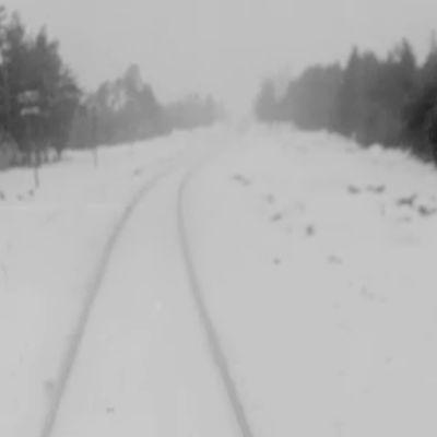 Snöig väg i Hangö.