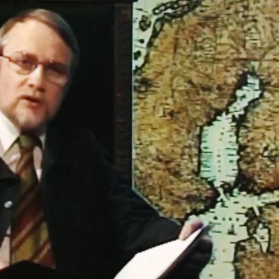 Bengt Ahlfors presenterar Fänrik Ståls sägner.
