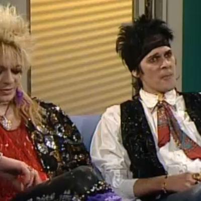 Michael Monroe och Andy McCoy i Bettinas soffa.