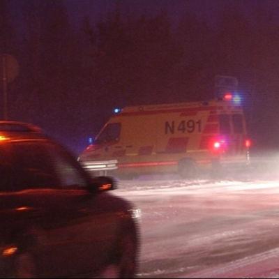 Bilar och ambulanser
