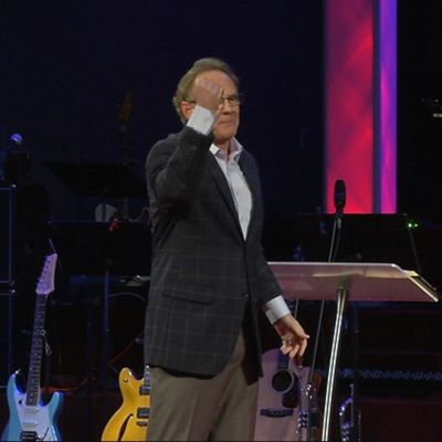 Pastor Jay Bailey vid Solid Rock Church i Columbus, Georgia