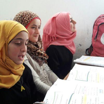 Elever i skola i  Idlib, Syrien.