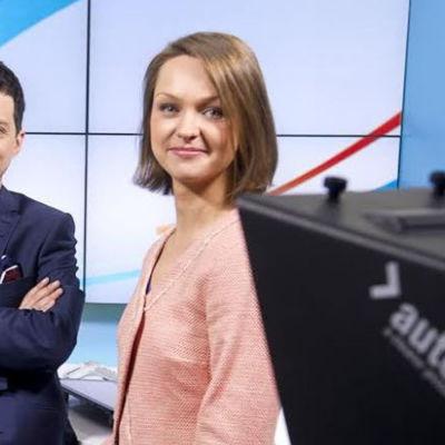 A-studion venäjänkielisen lähetyksen juontavat toimittajat Katja Liukkonen ja Levan Tvaltvadze.