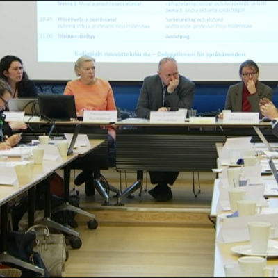 Justitieministeriets delegation för språkärenden kallade olika språkgrupper till Samråd