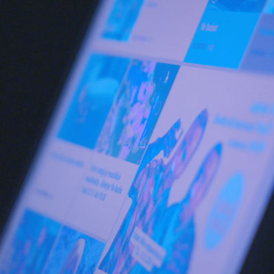 Tietokoneruudun sininen näyttö.