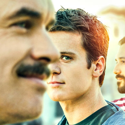 Looking-sarjan päähenkilöt Dom Basaluzzo (Murray Bartlett), Patrick Murray (Jonathan Groff) ja Agustín Lanuez (Frankie J. Alvarez)