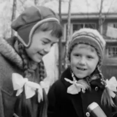 Kuvakaappaus ohjelmasta Ihan tavallinen äiti 1967.