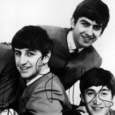 The Beatles -yhtye promootiokuvassa