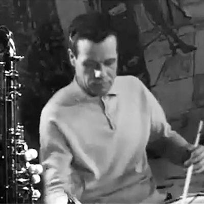 Jaakko Salo jazzaa Mäyränkololla.