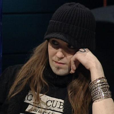 Alexi Laiho Arto Nybergin haastattelussa.