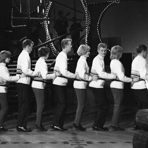 Letkajenkan tanssijoita ohjelmassa Letkajenkka vuonna 1965.