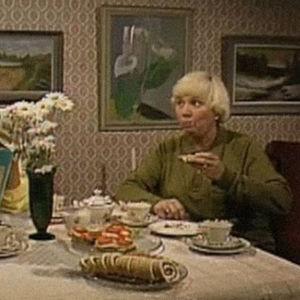 Kuvakaappaus Mummo-tv-sarjasta.