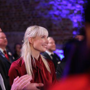 Laura Huhtasaari ja Jussi Halla-aho vaalivalvojaisissa.