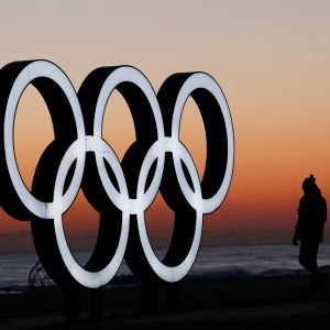 Olympiarenkaat auringonnousussa
