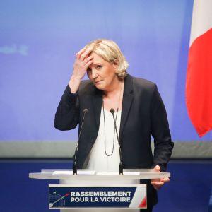 Marine Le Pen esittää Kansallinen rintama -puolueensa nimen vaihtamista Kansalliseksi liitoksi.