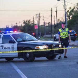 Poliisi on tutkinut Austinissa pakettipommiräjähdyksiä.