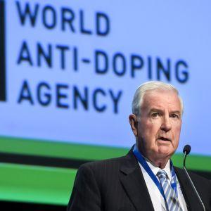 Maailman antidopingtoimiston puheenjohtaja Craig Reedie.