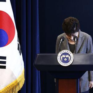 Lokakuussa 2016 Etelä-Korean  presidentti Park Geun-hye piti puheen kansakunnalle.
