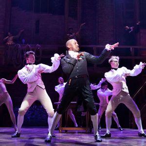 Hamilton musikaali siirtyi Lontooseen New Yorkista.