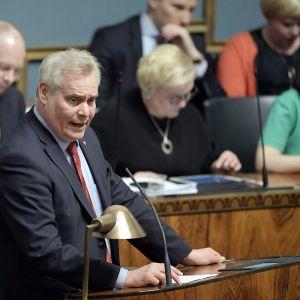 Kansanedustaja Antti Rinne piti sdp:n ryhmäpuheenvuoron eduskunnan täysistunnossa.