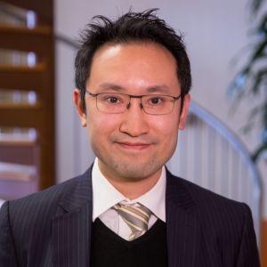 Hengan Internationalin talousjohtaja Tommy Hui.