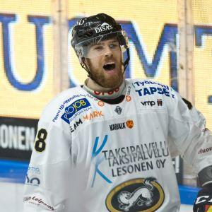 Jani Hakanpää kuvassa