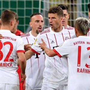 Bayern Münchenin pelaajat juhlivat.