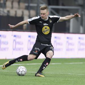 Rasmus Karjalainen, KuPS