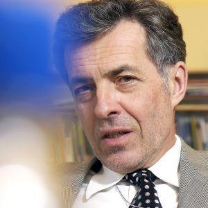 Suomalais-ruotsalaisen kulttuurirahaston puheenjohtaja Jan-Erik Enestam.