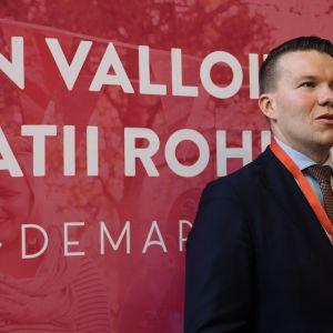 Inarilainen Mikkel Näkkäläjärvi jatkaa Demarinuorten puheenjohtajana 2018-2020.
