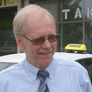 Taksiyrittäjä Antero Salminen