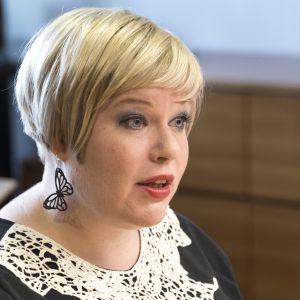 Perhe- ja peruspalveluministeri Annika Saarikko.