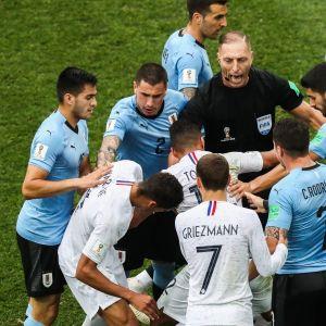 Nestor Pitana tuomitsi muun muassa Ranskan ja Uruguayn välisessä ottelussa Venäjän MM-kisoissa