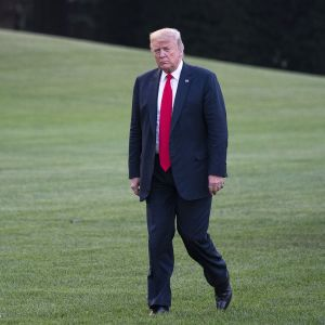 Donald Trump Valkoisen talon pihalla 26. heinäkuuta.