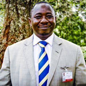 Kenian ympäristöviranomaisen pääjohtaja Geoffrey Wahungu.