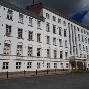 Seinäjoen vanhassa sairaalakiinteistössä on viime vuosina toiminut osa ammattikorkeakoulua.